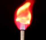 cloreto de lítio no fogo