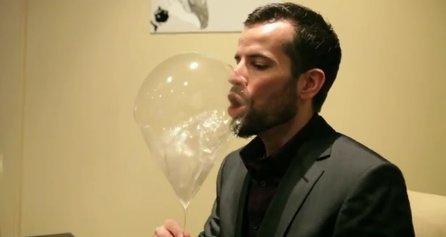 Balão comestível e cheio de hélio