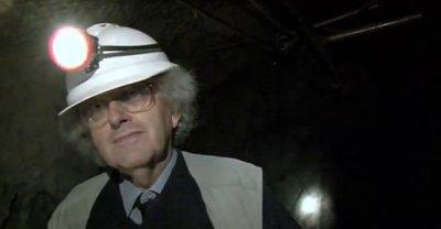 Martyn visita uma mineração