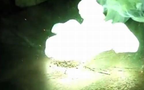 chama verde de reação de zinco e enxofre