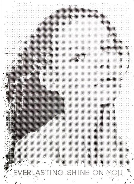 rosto de mulher composto com pequenos pontos
