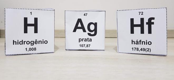 Tabela periódica em cubos – para impressão – versão educacional